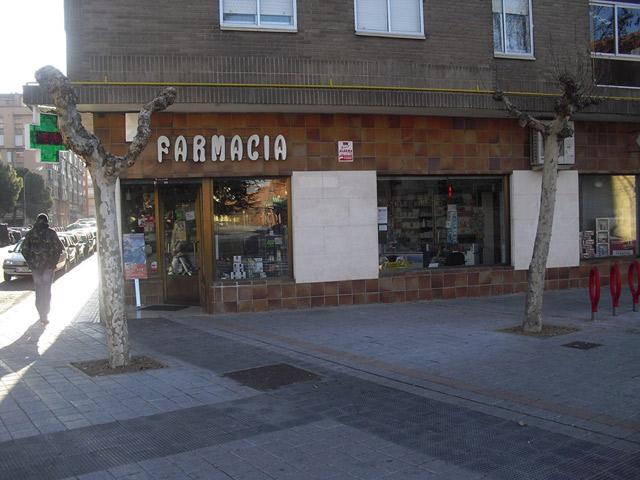 Farmacia del Ave María FARMACIAS